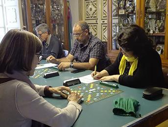 Trobades de Scrabble a Vilanova: donem joc al català!