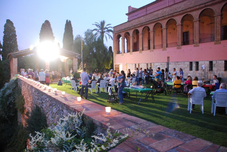 Més de cent persones celebren el final de curs a Vilanova i la Geltrú