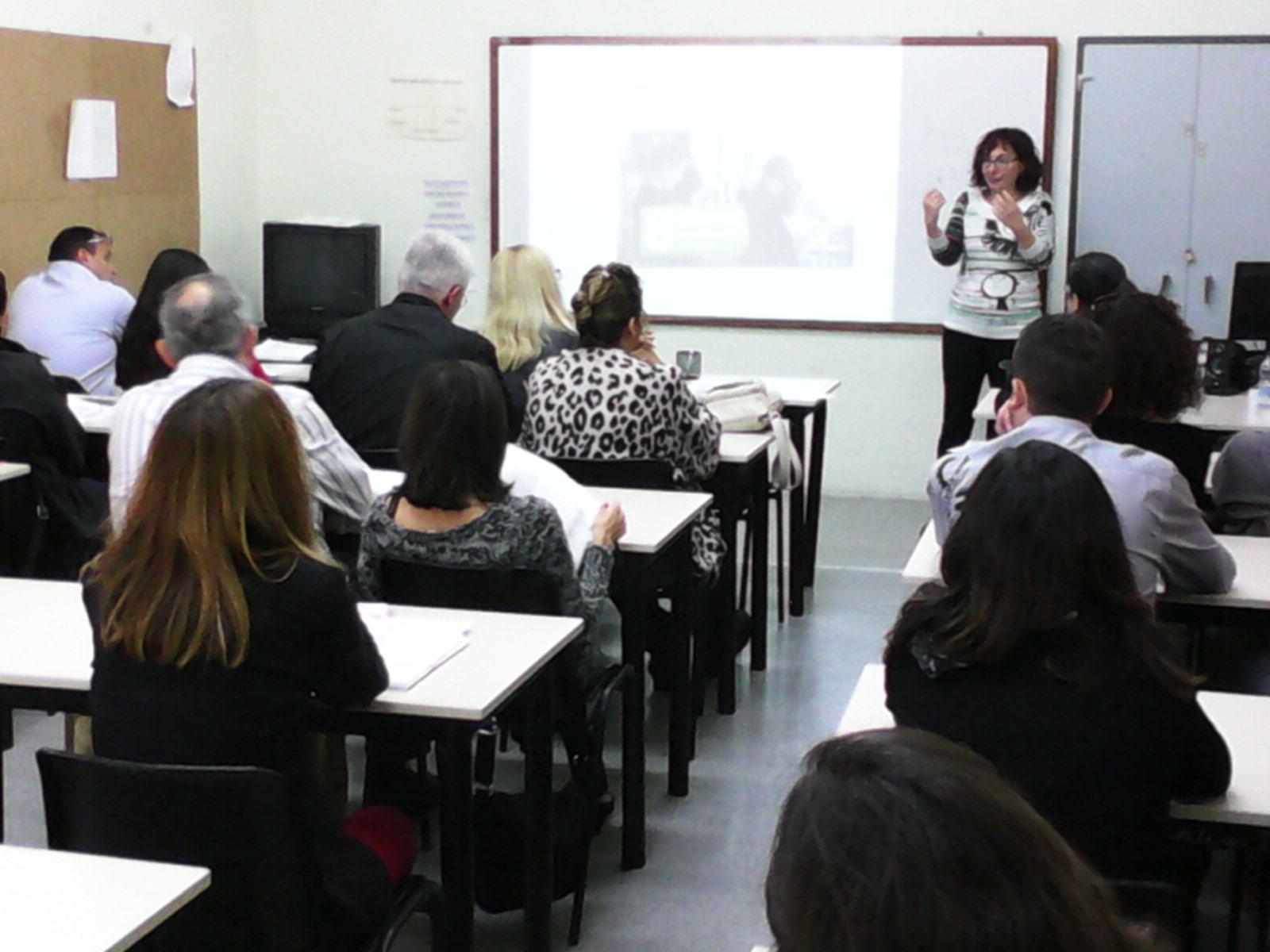 Sessió de comunicació en un curs per crear una empresa